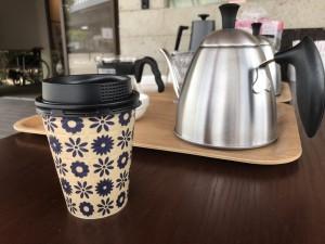 持ち帰り用コーヒー2